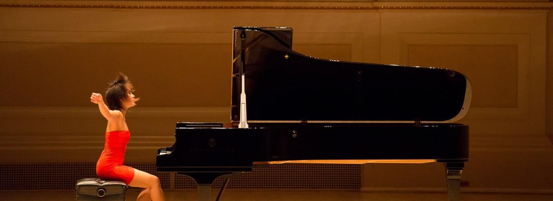Piano phenom Yuja Wang on work, play and YouTube cats – Yuja