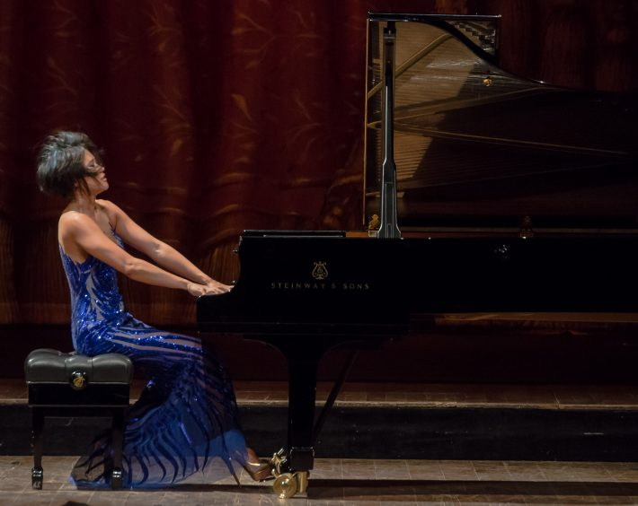 Recital at Teatro Colón. Photo: Liliana Morsia