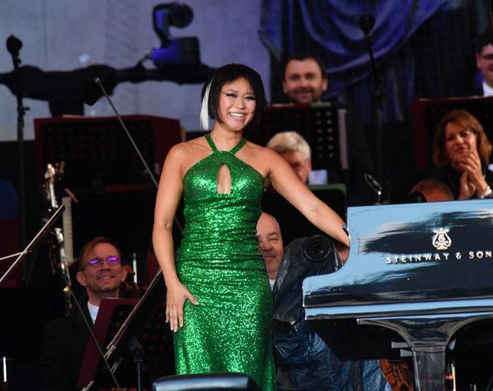 Yuja Wang and the Münchner Philharmoniker at Klassik am Odeonsplatz. Photo: Marcus Schlaf